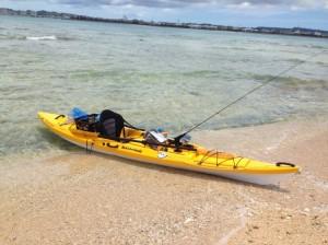 沖縄の海とカヤック